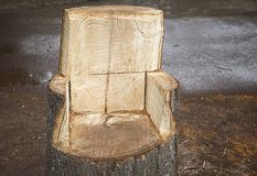 Stol sned från trä, hantverk som var handgjort royaltyfria foton