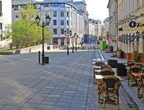 Stoleshnikov购物街道,莫斯科看法  免版税库存照片