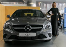 Stolichnoe Auto toont 2013 in Kiev stock foto