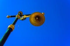 Stolpe för gatalampa, stolpe för ljus pol, ljus pol Arkivfoton