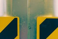 Stolpe i garage Arkivfoto