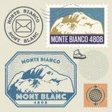 Stolpestämpeluppsättning med Mont Blanc Monte Bianco Arkivbilder