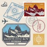 Stolpestämpeluppsättning med Monte Fitz Roy vektor illustrationer