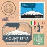Stolpestämpeluppsättning med Mountet Etna royaltyfri illustrationer