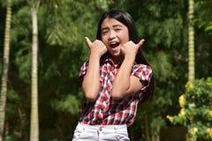 Stolt liten och nätt asiatisk flicka royaltyfri fotografi