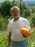 Stolt trädgårdsmästare Royaltyfria Bilder