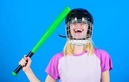 Stom ideeconcept Het meisje wil enkel heeft pret Spelspel voor pret Vrouw die pret hebben tijdens honkbalspel Meisjes mooi blonde stock afbeeldingen
