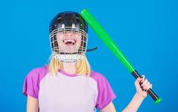 Stom ideeconcept Het meisje wil enkel heeft pret Spelspel voor pret Vrouw die pret hebben tijdens honkbalspel Meisjes mooi blonde royalty-vrije stock afbeeldingen