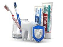 Stomatologiczna ochrona, ząb, osłona, pasta do zębów i toothbrushes. Zdjęcia Stock