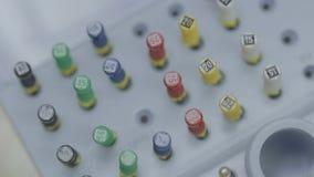 Stomatologiczni narzędzia i wyposażenie, zbliżenie zdjęcie wideo