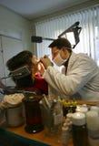 Stomatologist et patient Images libres de droits
