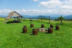 Stompen voor zetels in de Bergen van de Kaukasus Stock Foto