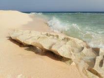 Stone στα κύματα Στοκ Φωτογραφίες