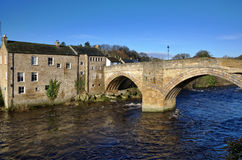 Stone bridge and building in Barnard Castle Royalty Free Stock Photography
