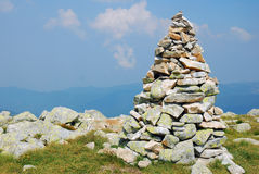 Stone cairn on a mountain Royalty Free Stock Photography