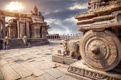 Free Stone Chariot In Hampi Royalty Free Stock Images - 47494529
