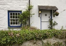Stone cottage with pretty garden, Helford, Cornwall, England Royalty Free Stock Images