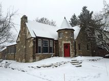 Stone Cottage in Snow Royalty Free Stock Photos