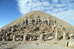 Nemrud Dagi. Stone heads on the top of mount Nemrud, Turkey Royalty Free Stock Photos