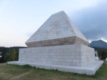Stone pyramid as World War monument