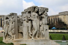 Stone sculptures known as 'Jeunesse' and 'Joie de Vivre' near water basin,Paris, France,2016. Gorgeous stone sculptures, one known as 'Jeunesse' which means Stock Photos