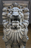 Stone statue of a lion Royalty Free Stock Photos