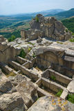 Stone tombs.The ancient Thracian city of Perperikon. The ancient Thracian city of Perperikon (also Perpericon) is located in the Eastern Rhodopes, 15 km Stock Photo