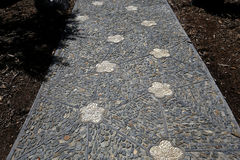 Stone walkway in a japanese garden Royalty Free Stock Photos