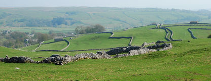 Stone wall patterns in Yorkshire Dales (UK) Stock Images