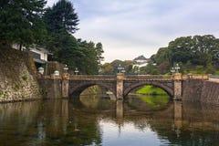 Stonebridge de Seimon au palais impérial à Tokyo image libre de droits