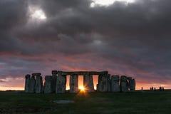 Stonehenge au coucher du soleil Image libre de droits