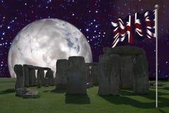 Stonehenge com Union Jack 2 fotografia de stock royalty free