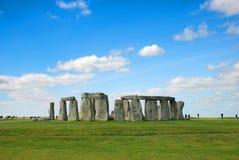 Stonehenge con cielo blu, Regno Unito Immagine Stock
