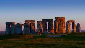 Stonehenge is een mystieke plaats in Engeland stock footage