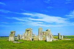 Stonehenge en Wiltshire en Reino Unido en tiempo nublado Fotos de archivo libres de regalías