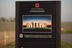 Stonehenge ist ein berühmter Markstein in England - STONEHENGE, VEREINIGTES KÖNIGREICH - 27. FEBRUAR 2019 stockfoto