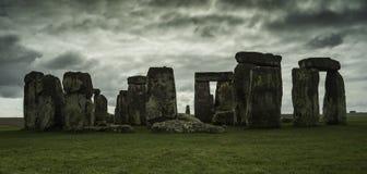 Stonehenge le quiete e un giorno nuvoloso fotografia stock