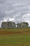 Stonehenge met een onheilspellende hemel Stock Afbeeldingen