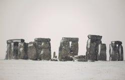 Stonehenge nella neve Fotografie Stock Libere da Diritti