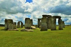 Stonehenge op Bewolkte Dag Stock Afbeeldingen