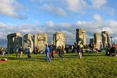 Stonehenge sommarsolstånd 2018 arkivfoton