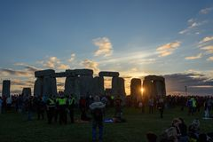 Stonehenge sommarsolstånd 2018 royaltyfri fotografi
