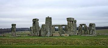 Stonehenge um monumento de pedra pré-histórico antigo perto de Salisbúria, Wiltshire, Reino Unido fotografia de stock