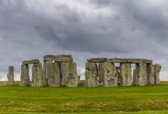 Stonehenge un giorno nuvoloso fotografia stock libera da diritti