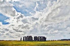 Stonehenge under moln Fotografering för Bildbyråer