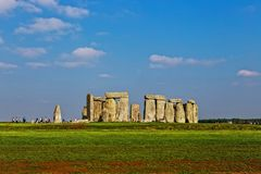 Stonehenge zabytek przy Salisbury samolotami Zdjęcia Royalty Free