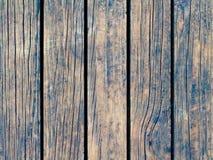 Stonowana drewniana tekstura z pionowo liniami Ciepły brown drewniany tło dla naturalnego sztandaru Obrazy Royalty Free