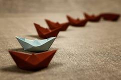 Stonowane barwione papierowe łodzie szklane Fotografia Stock