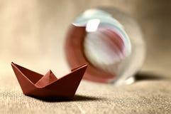 Stonowane barwione papierowe łodzie szklane Zdjęcie Stock