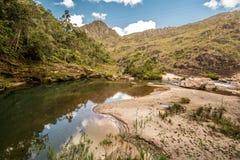 Stony Creek no tempo ensolarado fotografia de stock